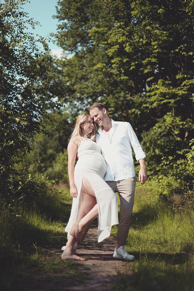 Zwangerschap-fotograaf-Brabant-zwanger-fotografie-Den-Bosch